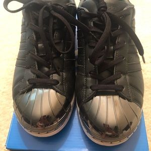 Super Cool Metal toe Adidas!!